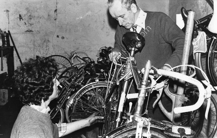 143 Jack McCann in his bicycle shop in Clanbrassil St.