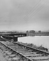 158 The Metals railway bridge to Greenore