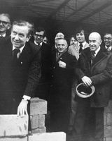 60 Minister Patrick Faulkner with builder Eddie Kelly laying foundation at Dundalk factory