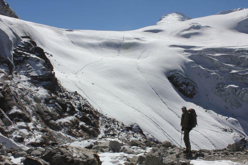 Mountain Guide Tom Richardson heading for Base Camp
