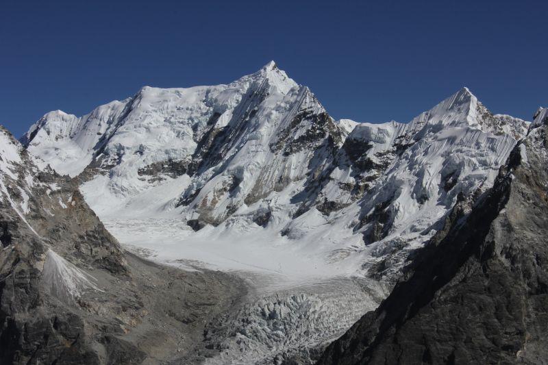 View from Yala Peak of Kyungka Ri