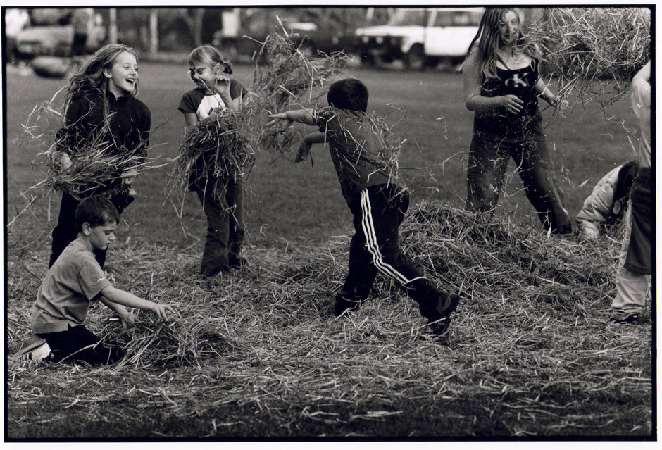 Straw Fight, Radstock Gala 2001
