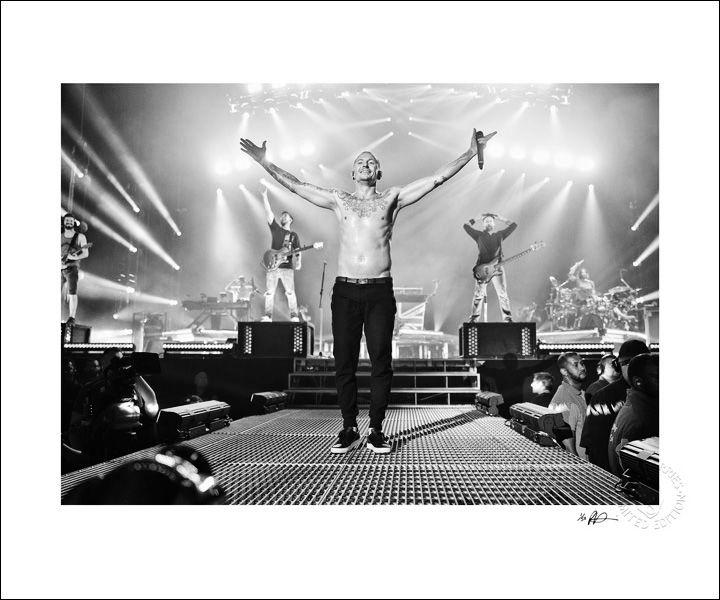 Linkin Park b&w