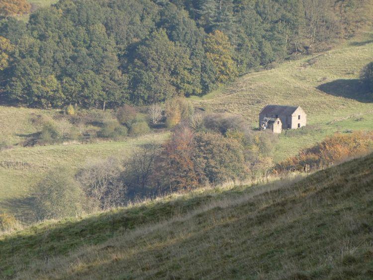 Old barn Lea & Holloway