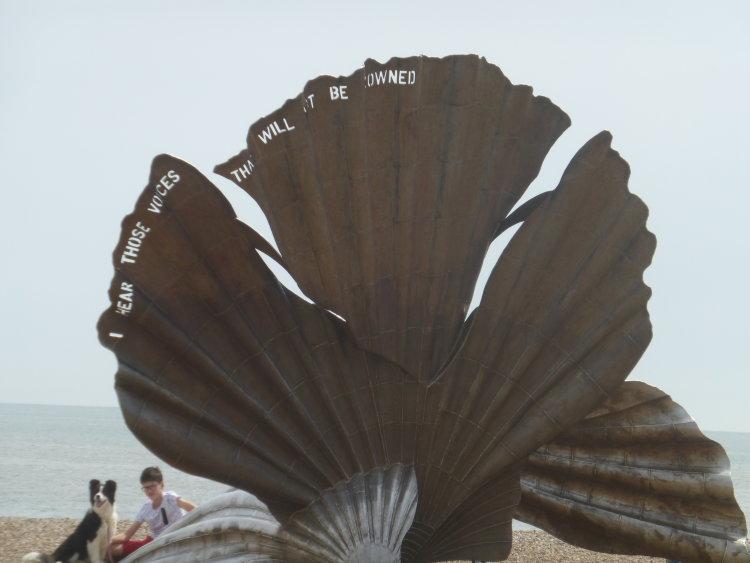 Maggie Hamlin sculpture