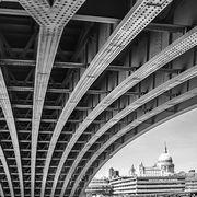 St Paul's under the Bridge