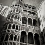 Scala del Bovolo, Venice