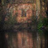 quarry hut