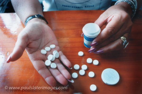 Paracetamol Kills awareness feature
