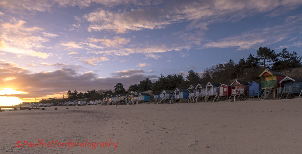 Dawn Wells Beachhuts