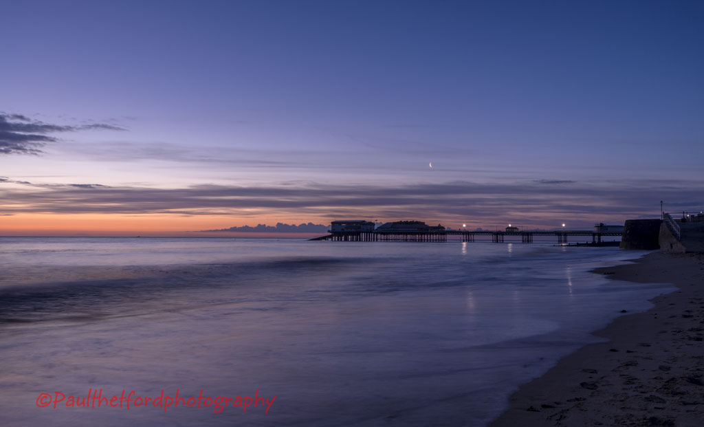 Sunrise over Cromer Pier 3