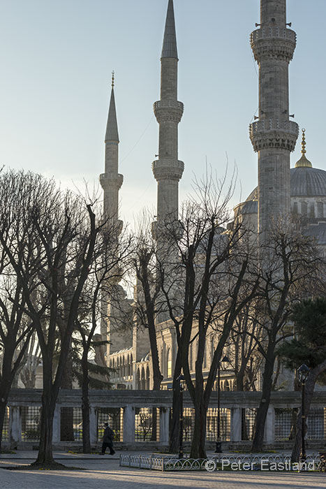 Early morning in the Hippoderome with the Sultan Ahmet Mosque in the background, Sultanahmet, Istanbul, Turkey.<br><br><br><br><br><br>