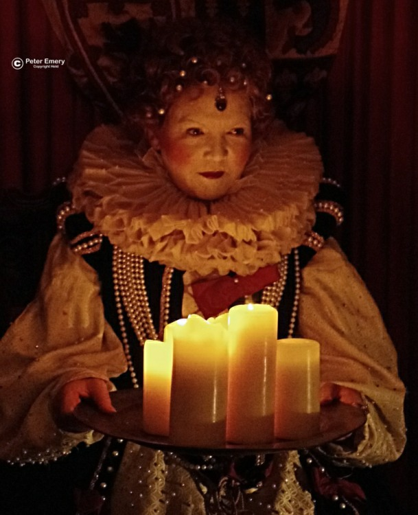 Candle Lit Queen [Peter Emery]