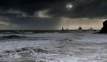 Tynemouth Pier,Stormy sea.