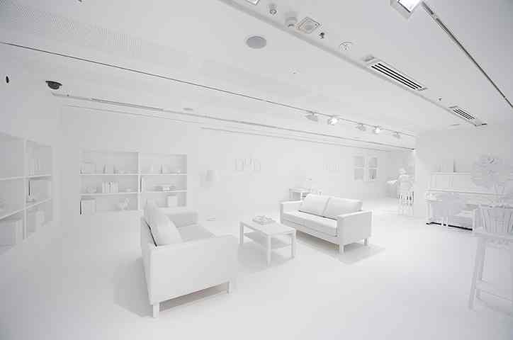 2 - The-Obliteration-Room-by--007