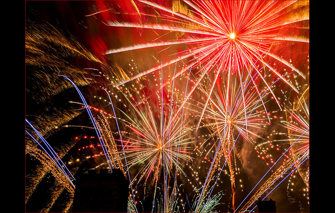 Fireworks over St.Nicholas Church, Abingdon 2