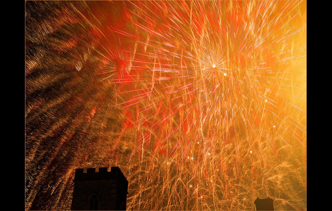 Fireworks over St.Nicholas Church, Abingdon 3