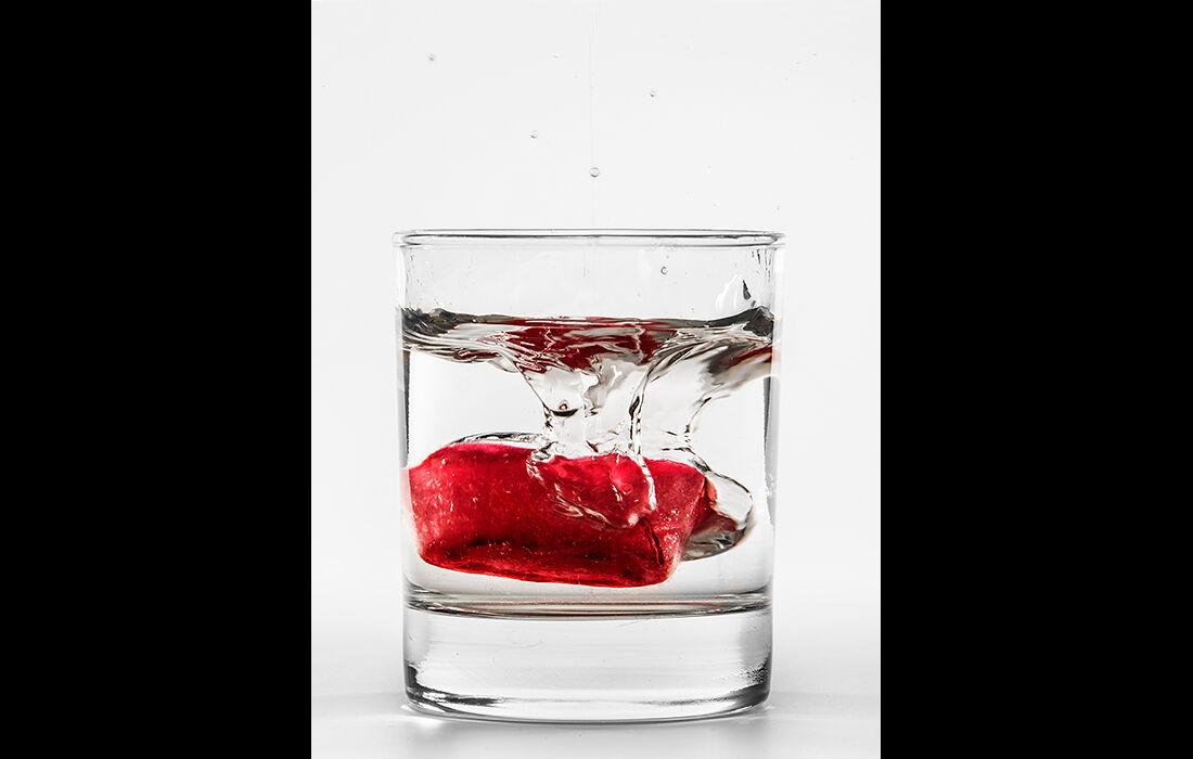 Melting coloured ice cube (1)