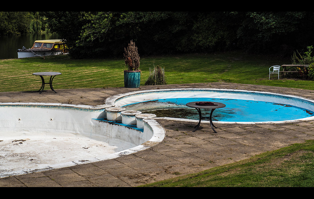 Negected pools, Shillingford