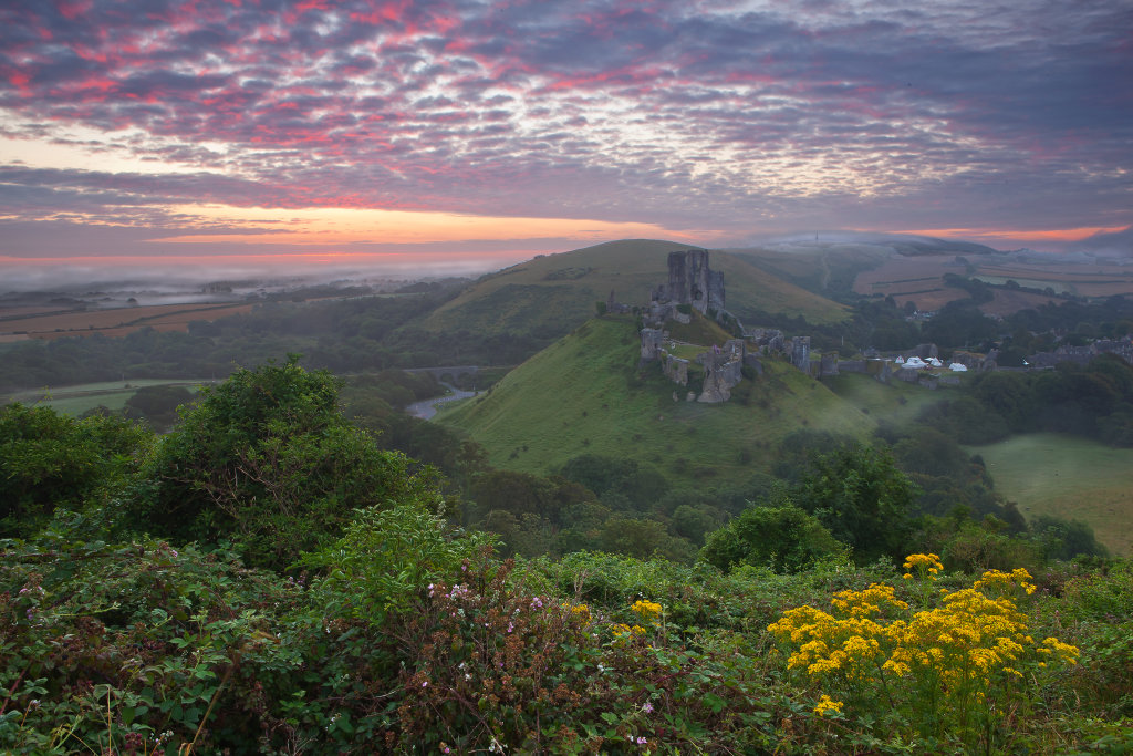 Sunrise over Corfe Castle