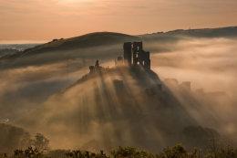 Corfe castle - shadows across the mist