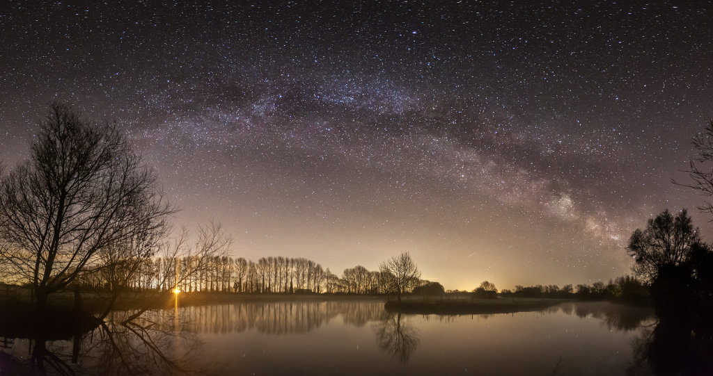Milky Way over the Thames