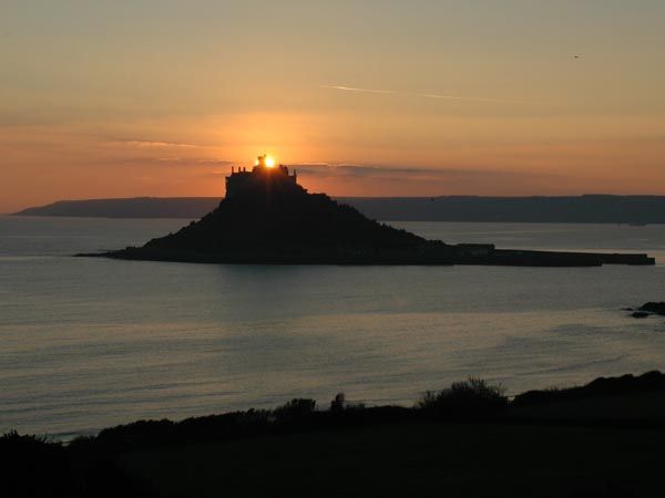 Mounts Bay 4