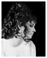 2 Elizabeth Taylor 20x16 Print 300dpi
