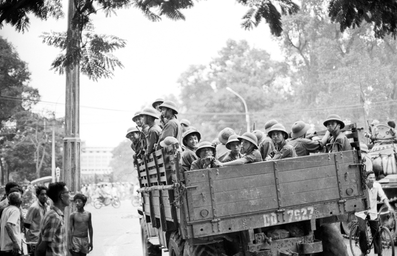 NVA soldiers arriving