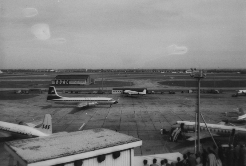 London Airport June 1959003