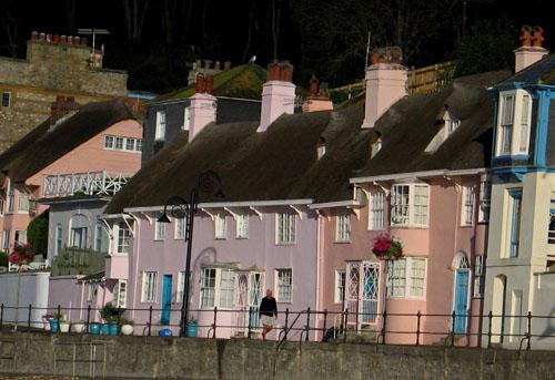 Morning on The Marine Parade, Lyme Regis