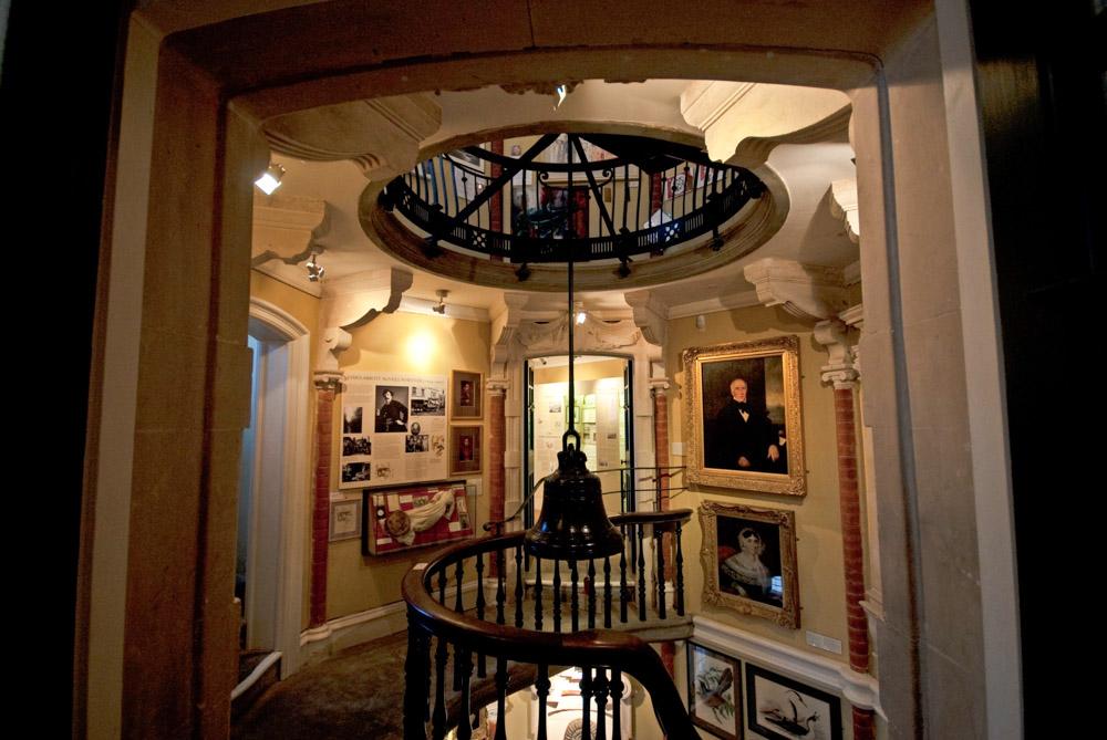 PW9 8639Museum interior