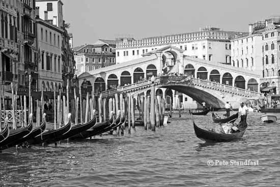 Ponte Rialto, Venice, in mono