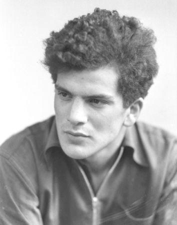 John Cornford (1934.)