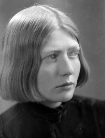Barbara Dobb.