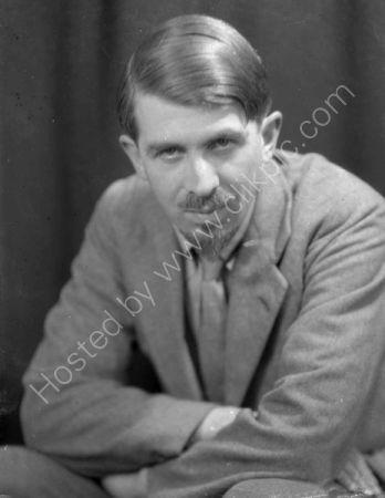 Patrick Duval 1933.