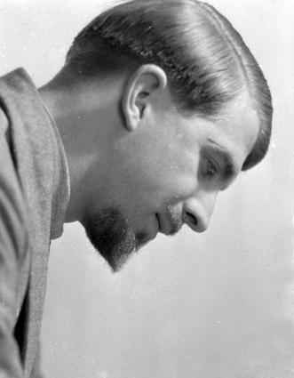 Patrick Duval. 1933.