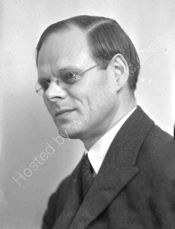 Claud Guillebaud (1933 )
