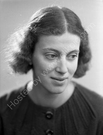 Dorothy Hodgkin. (1936)