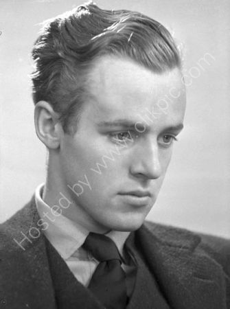Michael Straight. (1936)
