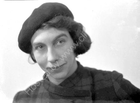 Elisabeth Vellacott.