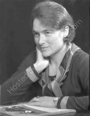 Betty Whiskemann.