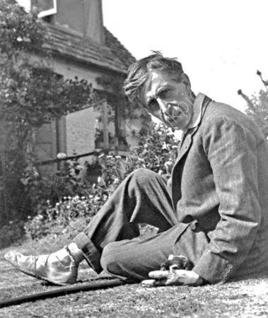 Leonard Woolf. (1932)