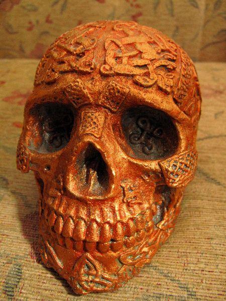 Skull Celtic - Copper Gold