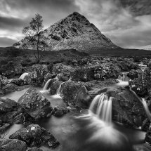 The Waterfall, Stop Dearg Mono