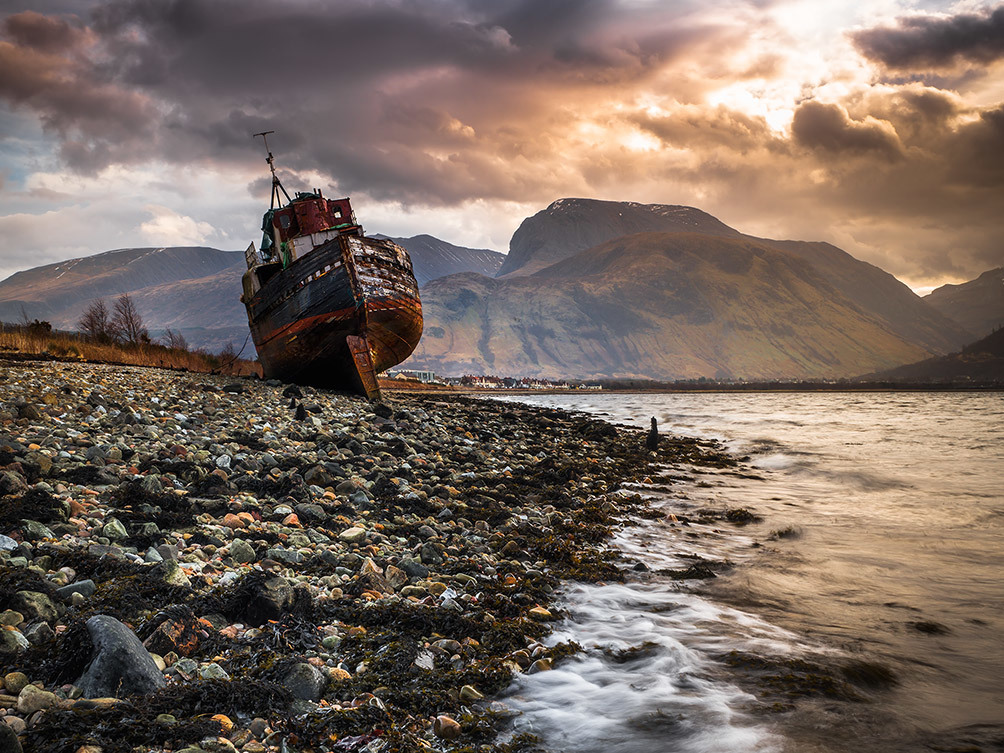 The Marooned Boat