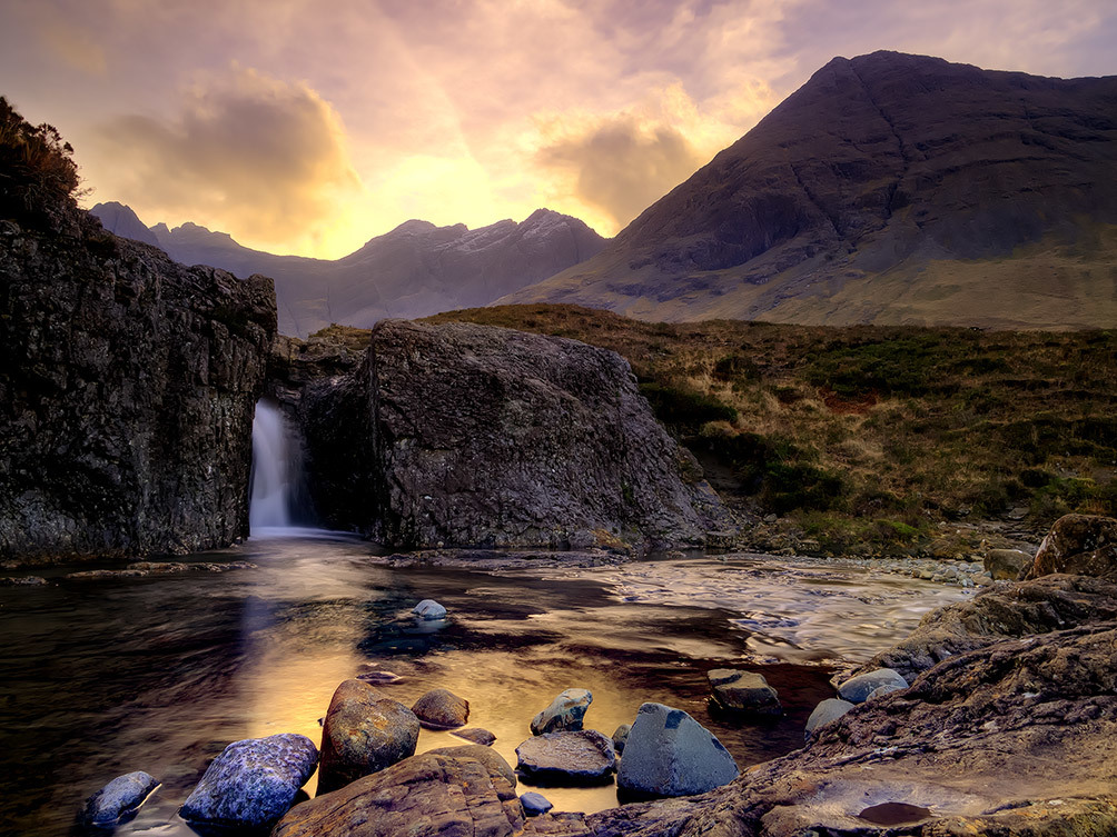 Fairy Pools olden Sunset