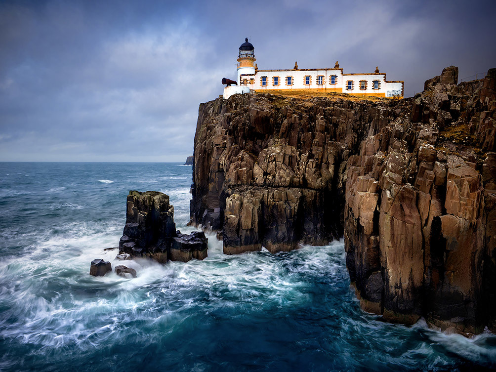 Neist Point Crashing Waves I