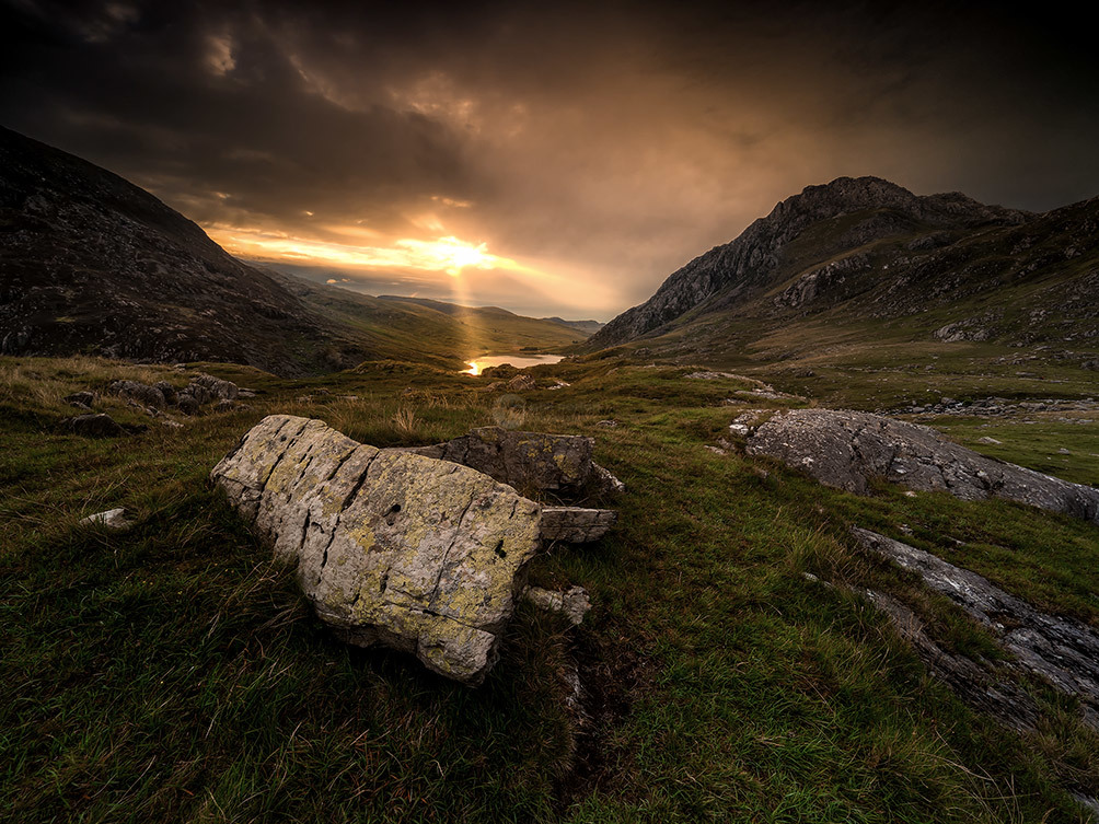 Snowdonia Tryfan Rays