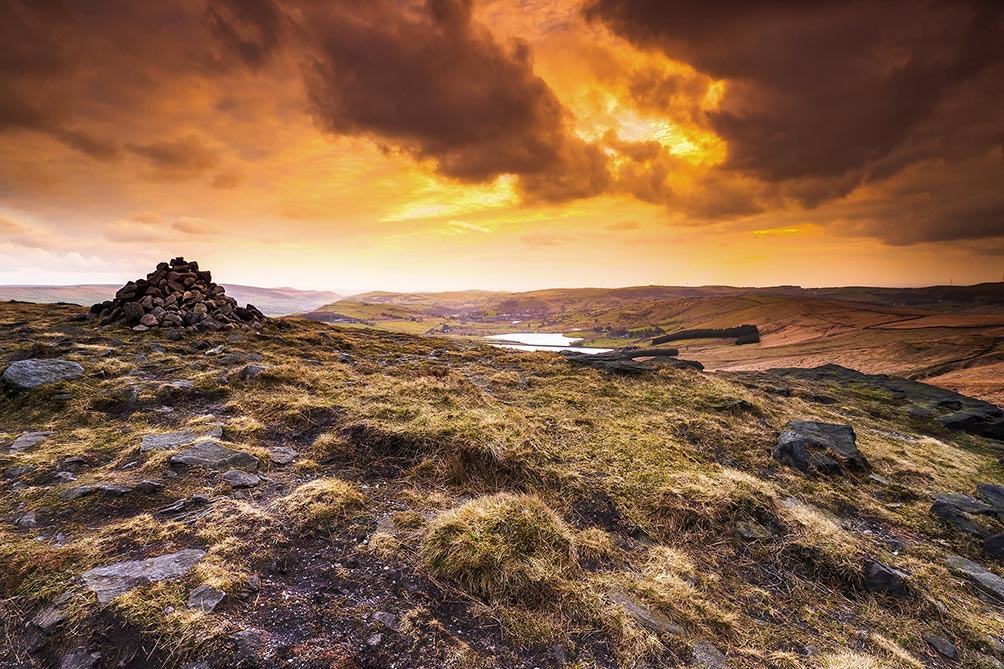 -Castleshaw Moor